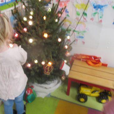 P : kerstsfeer in de klas